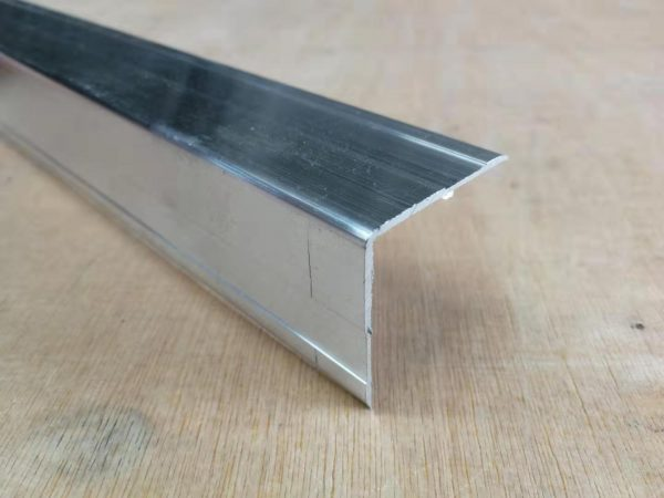 Single Angle Extrusions 35mm-1